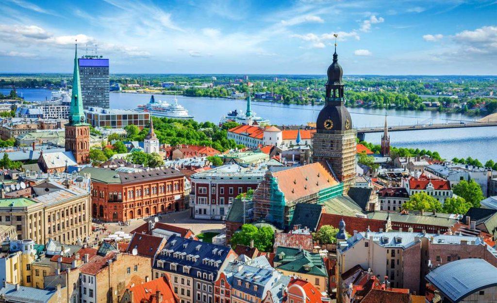 Работа в Латвии для Украинцев